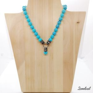 Chunky Faux Turquoise Bird Pendant Choker Necklace